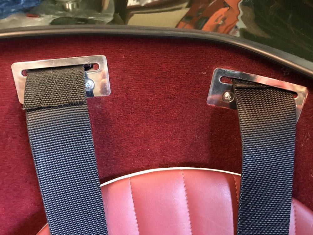 5a1856eb952a3_Seatbeltguides.thumb.jpg.1ab6435b3036d369a1edbd93a43cd3ff.jpg