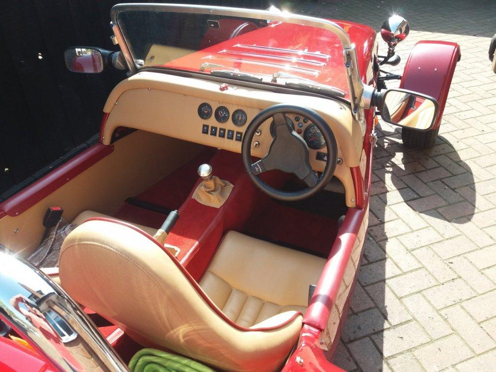 cockpit[1].jpg