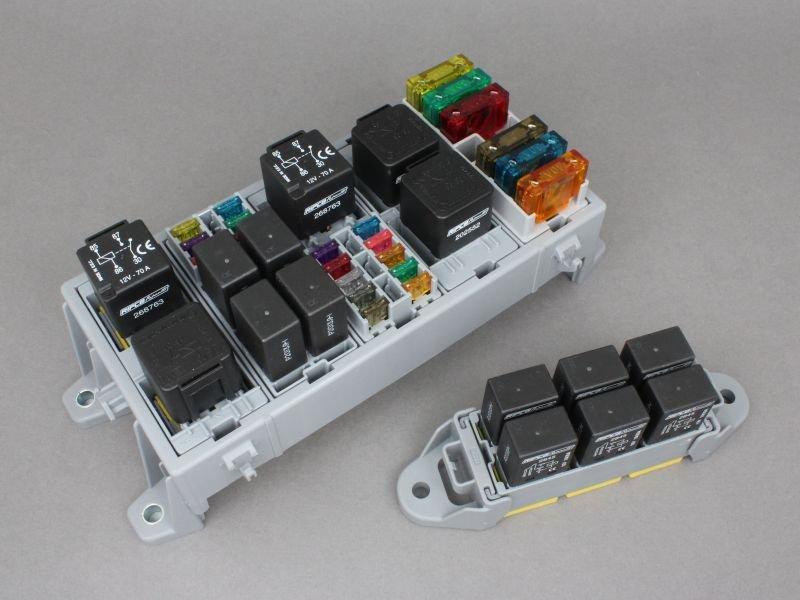 MTA-modular-fuse-and-relay-system.jpg.c9502e66fe066276ec1f33508747ec69.jpg