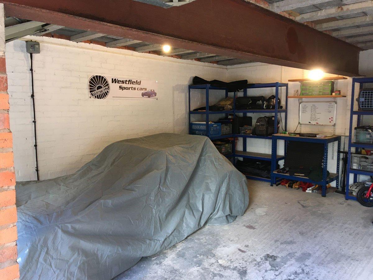garage-new.jpg.5865ec43829bc2d6b96fe18d9d67a678.jpg.8e59cc97f410df39871d6975b970e9cd.jpg